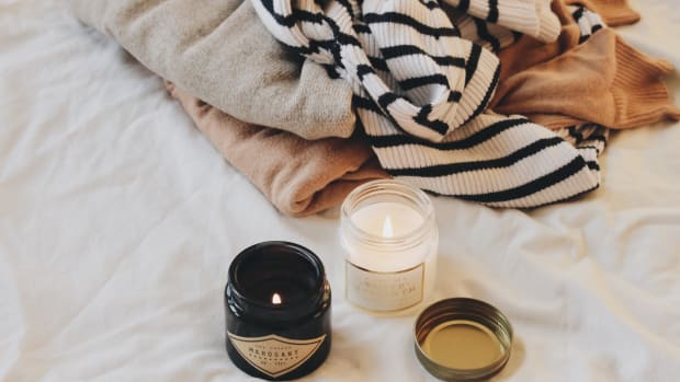 candle-warm-sweater-sweater-coziness-candle-light-sweaters-warm-clothes-cozy-snuggle-weather_t20_ywQKG0