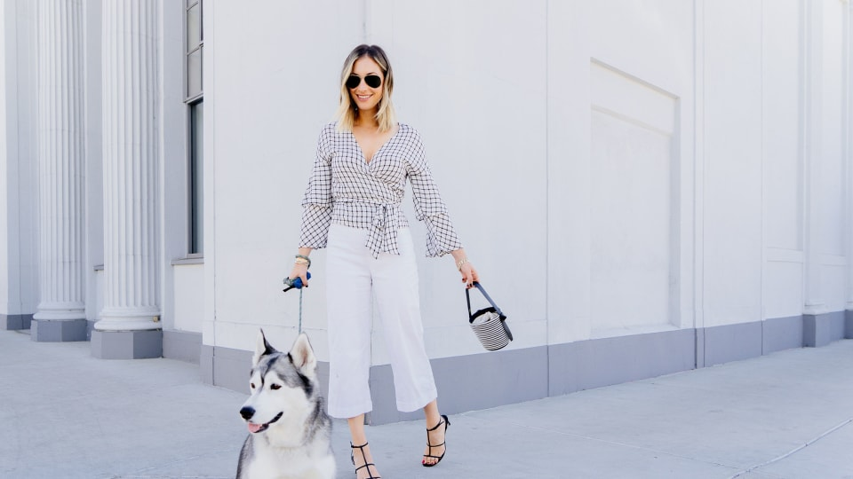 The Best Accessory For a Neutral Outfit