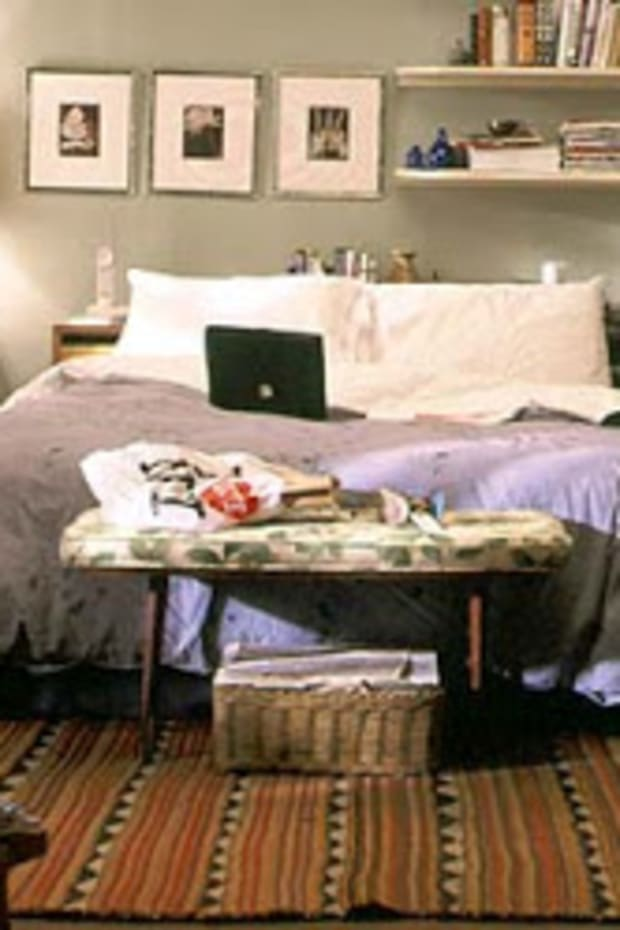 carrie_bedroom