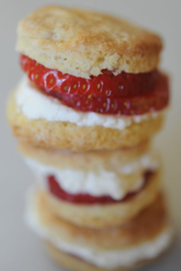 strawberrybiscuit
