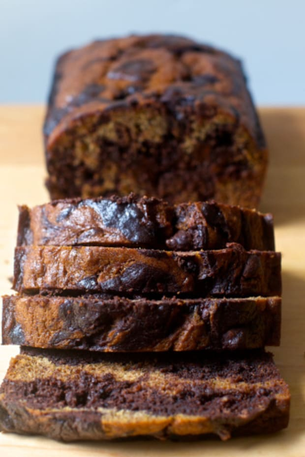 marbled-chocolate-banana-bread