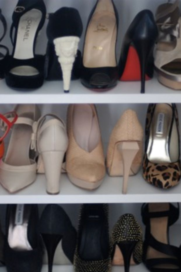 shoes-in-closet