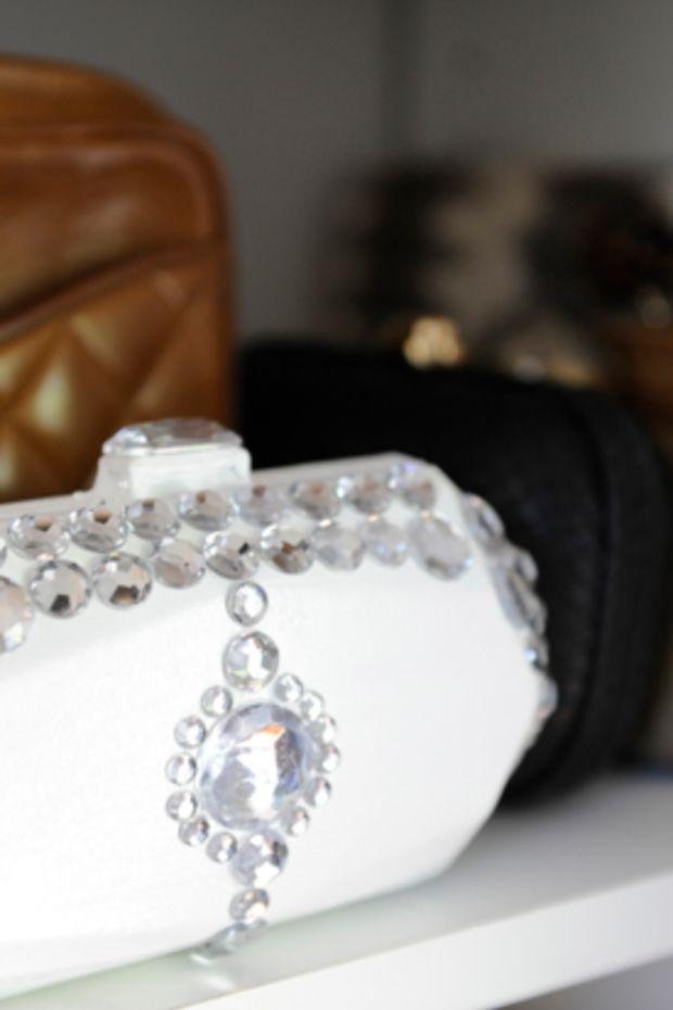 jeweled-clutch