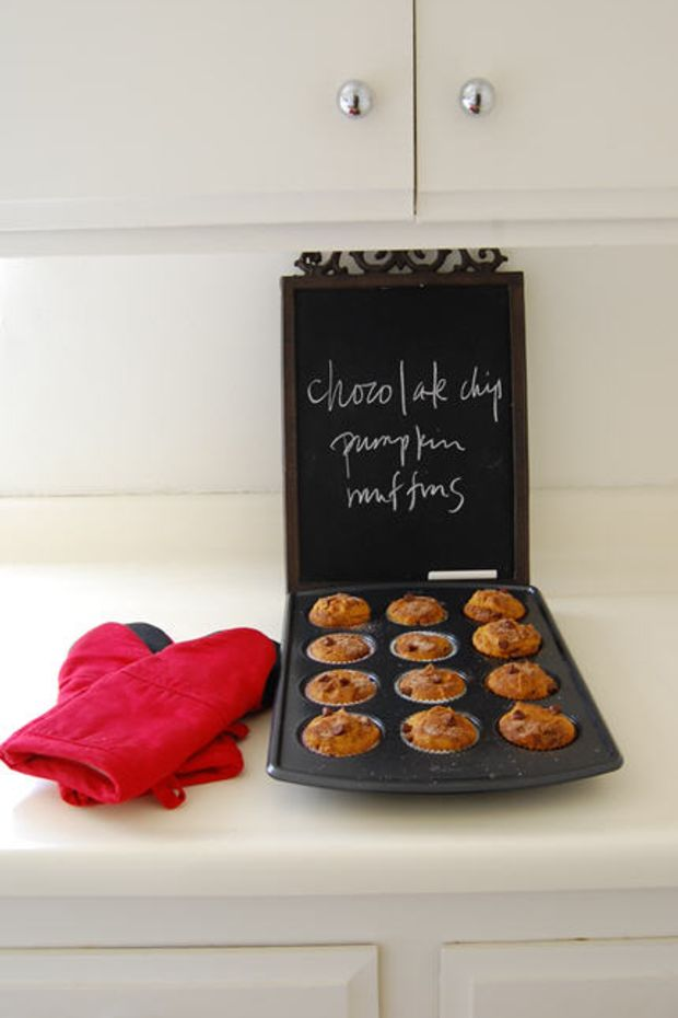chocolate-chip-pumpkin-muffins
