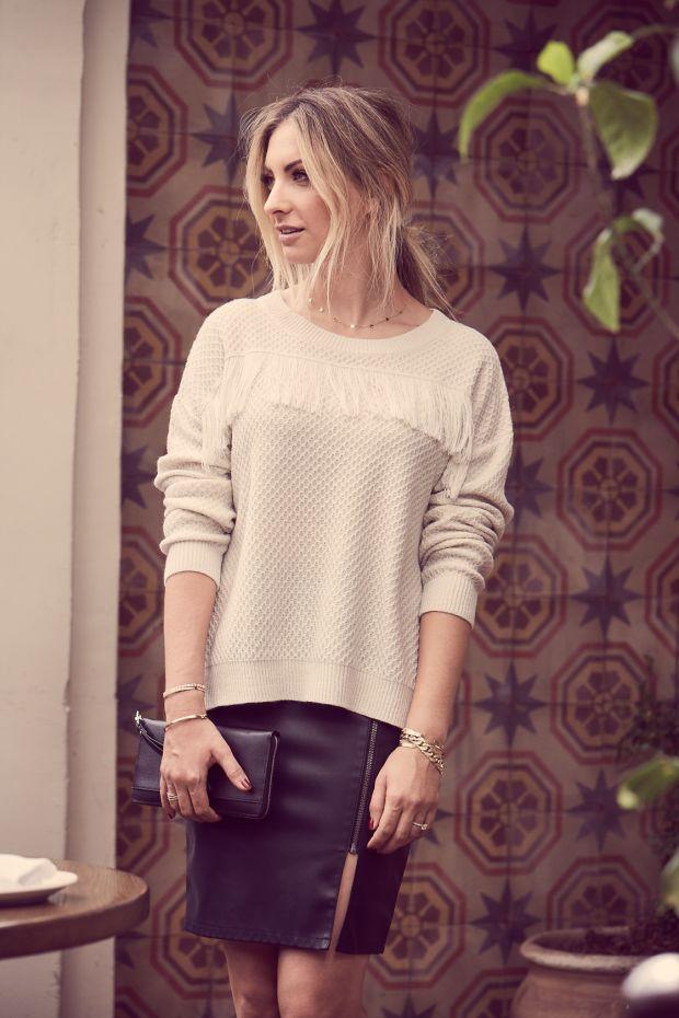 whitesweater3.jpg