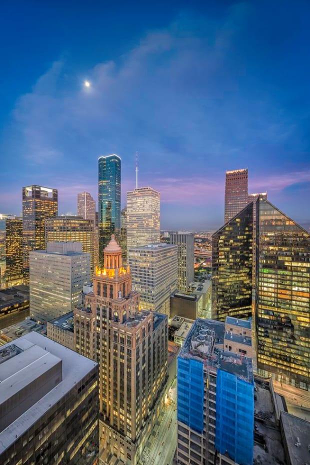 4287d7e831eb7a88821a7cc8d60817ab--houston-skyline-houston-texas