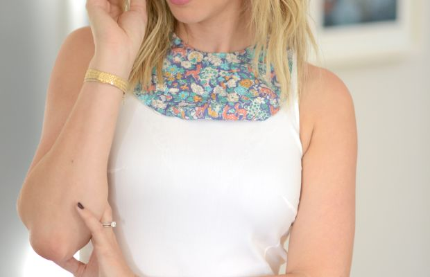{Borrowed from the babe: I've been loving the look of a bib in lieu of a statement necklace}