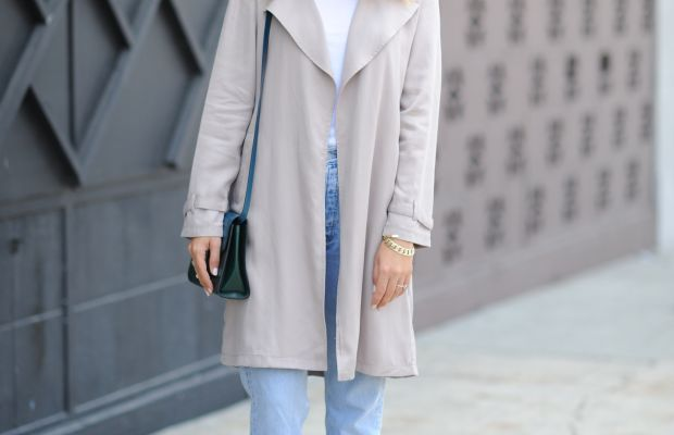 Ray-Ban Glasses, Cupcakes and Cashmere Trench, Topshop Tank Top, Vintage Levis,Zara heels, Tod's Bag