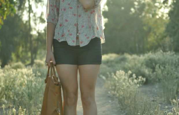 Queen's Wardrobe Blouse, Forever 21 Shorts, Foley + Corinna Bag, Vintage Jewelry, Jeffrey Campbell Wedges