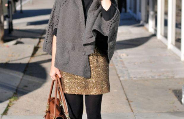 Vintage Aviators, Forever 21 Cape, Zara Top, J.Crew Skirt (similar oneHERE), Coach Bag,Michael Kors Watch, Urban Outfitters Tights,Elizabeth and James Booties