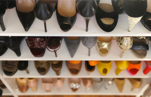 closet-shoes