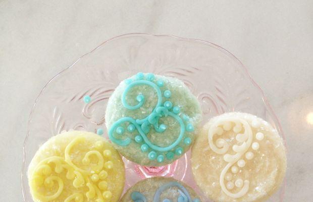 {Pastel cupcakes atMagnolia Bakery}