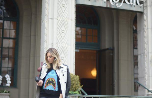 Burberry Trench, Forever 21 Sweatshirt, Zara Skirt, H&M Tights, Alexandra DeClaris Clutch, Zara Heels