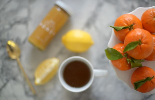 {Cold remedies for my husband: citrus, honey and tea}