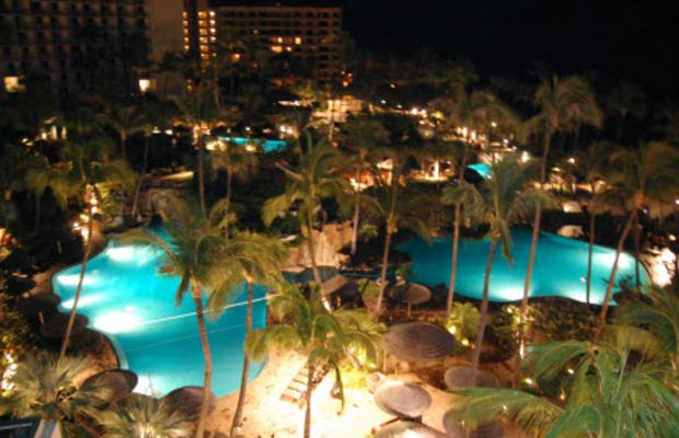 maui-in-the-night