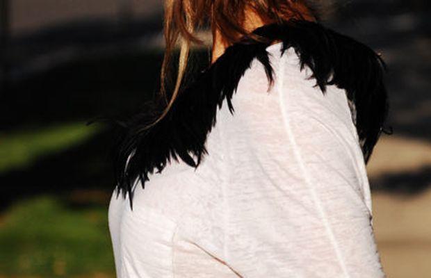 back-feathres