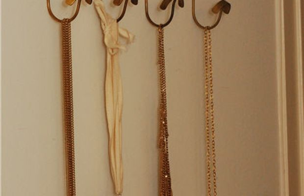 accessories-long-necklaces
