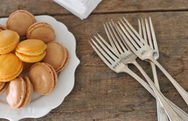 """{Macarons and """"Bride"""" and """"Groom"""" engraved forks}"""