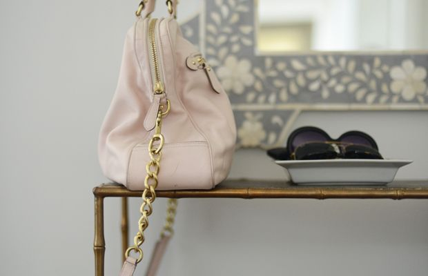 {Breaking out my pastel Coach bag for spring}