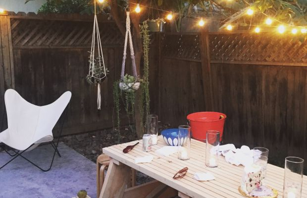 outdoor dining table.jpg