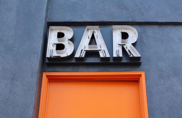 {Enter here for drinks}