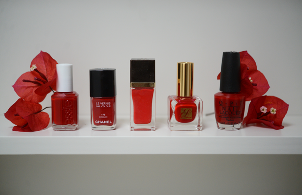 {Loving the look of a classic red manicure for the holidays}