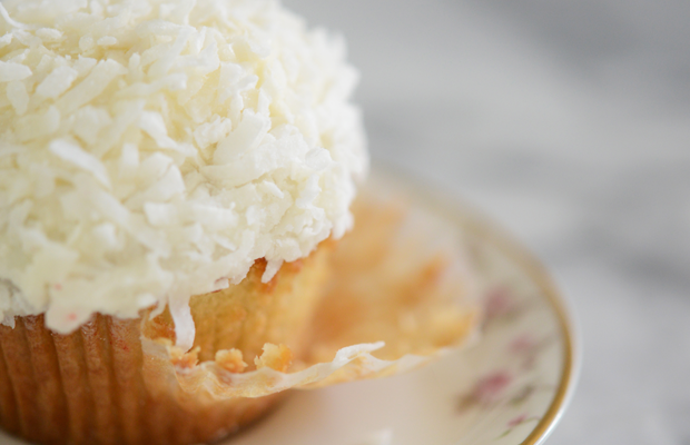 {Rainy day snack: coconut cupcakes + almond milk latte}