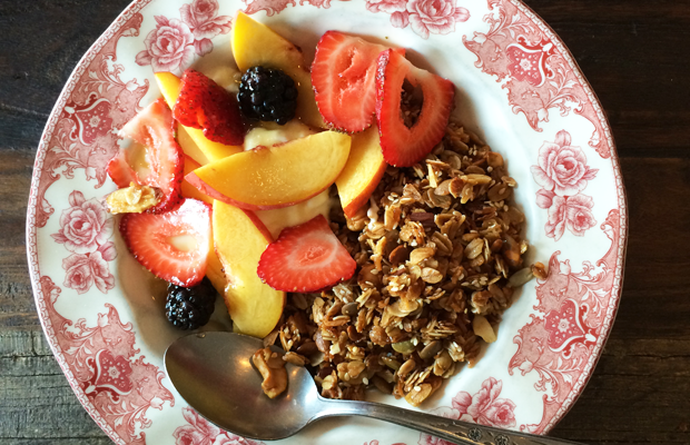 {The best granola bowl at The Hart and the Hunter}