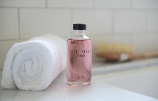 {The definitive summer-time bath oil}