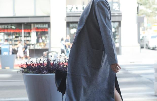 graycoat2.png