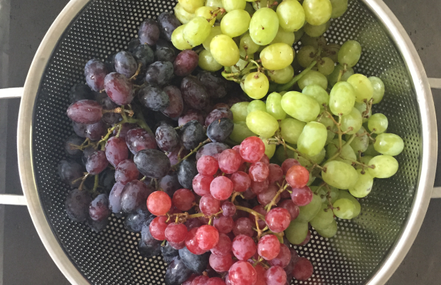 {Tri-color grapes}