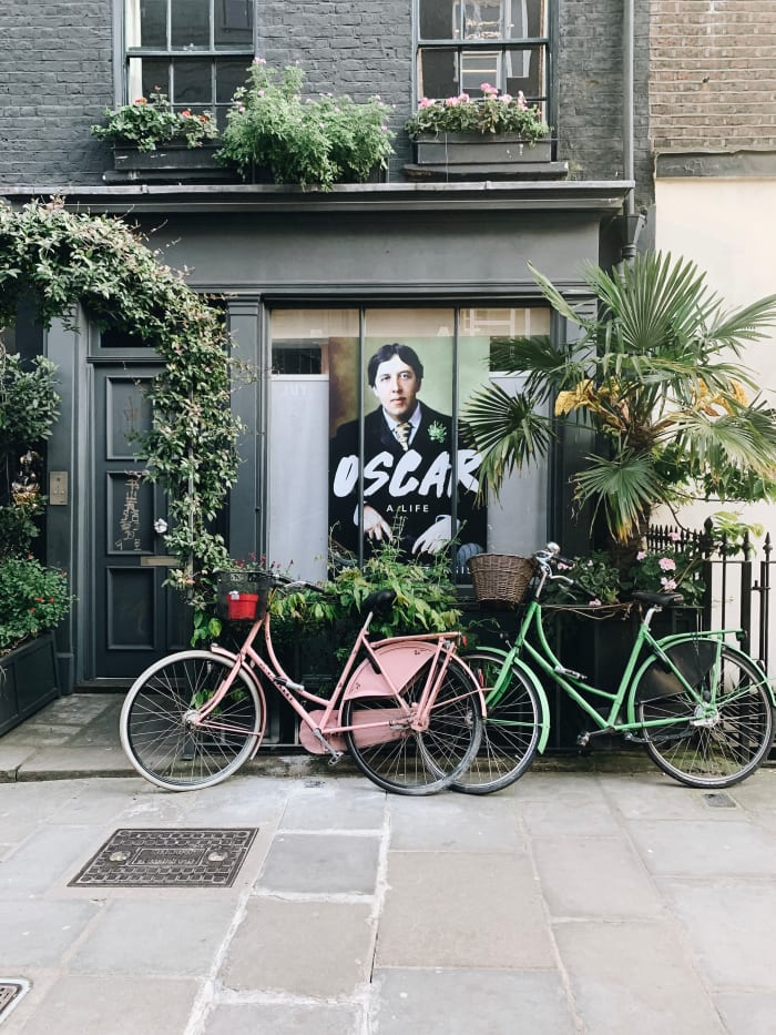 Jess' Guide to Eating, Sightseeing, and Shopping Your Way Through London
