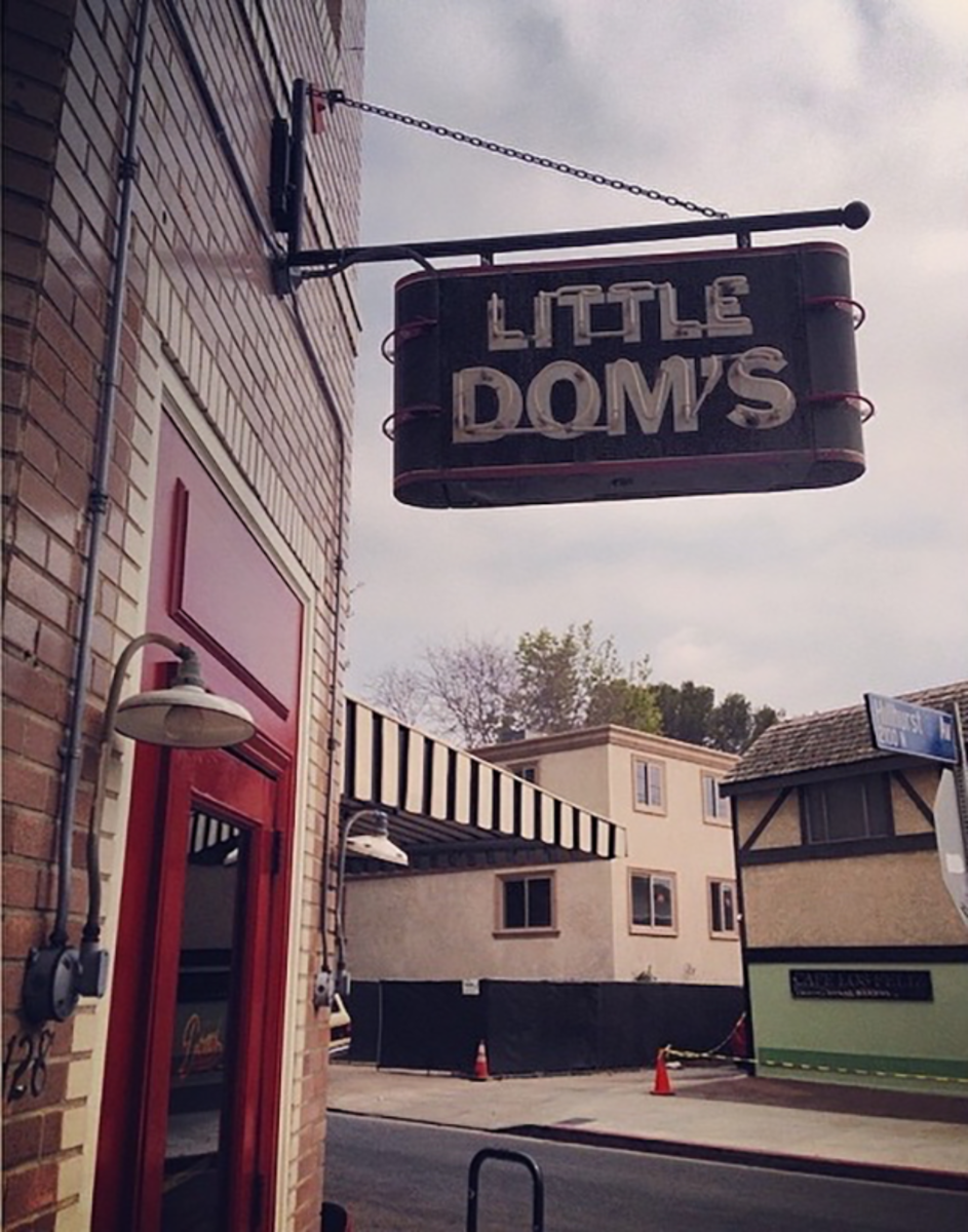 Little Dom's in Los Feliz on a cloudy day