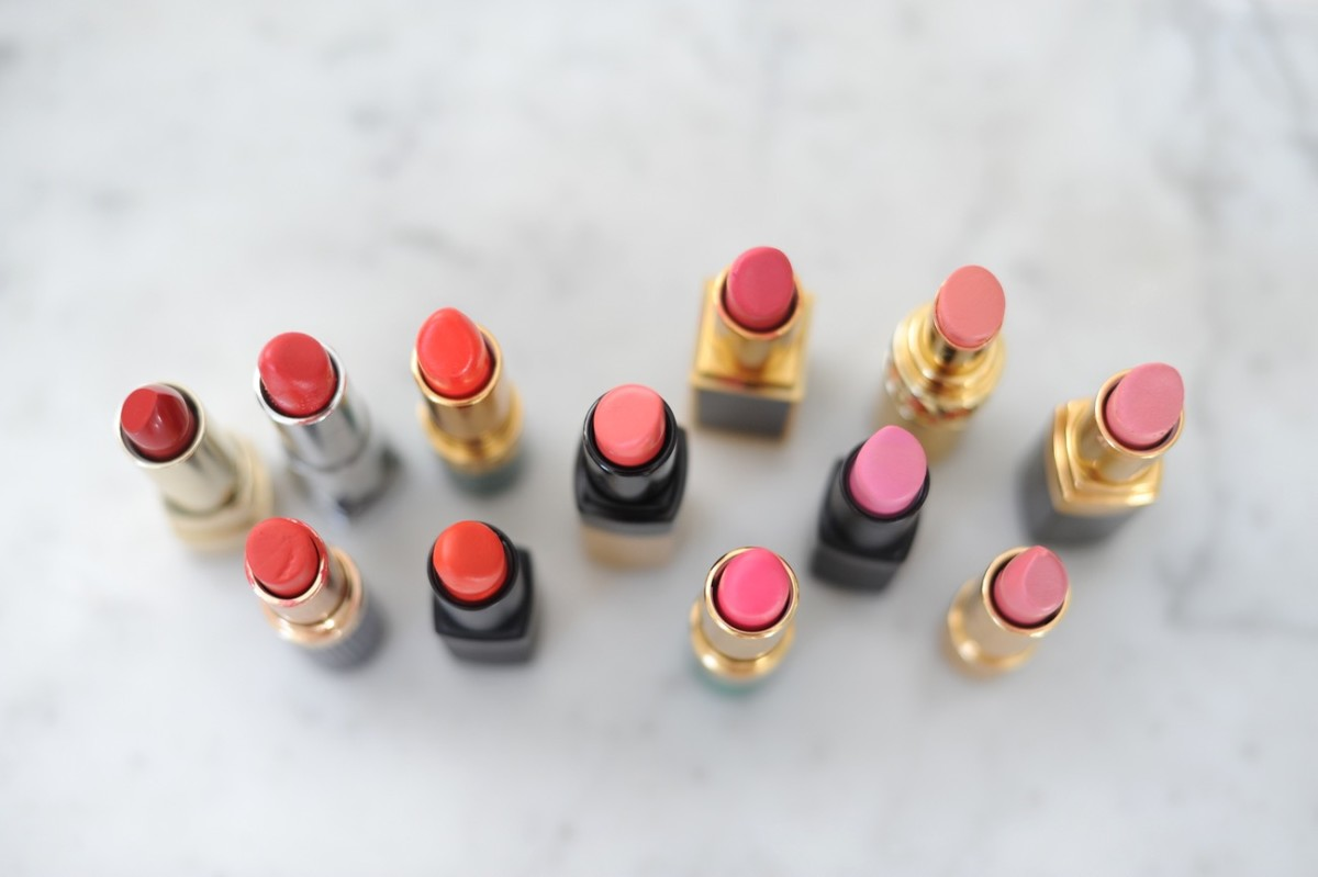 {Favoring pink + reddish lipsticks for February, naturally}