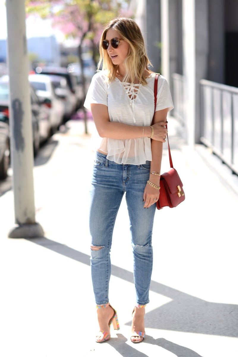 Illesteva Sunglasses (similar here), Elizabeth and James Top, Joes Jeans (similar here), Celine Purse, Manolo Blahnik Sandals
