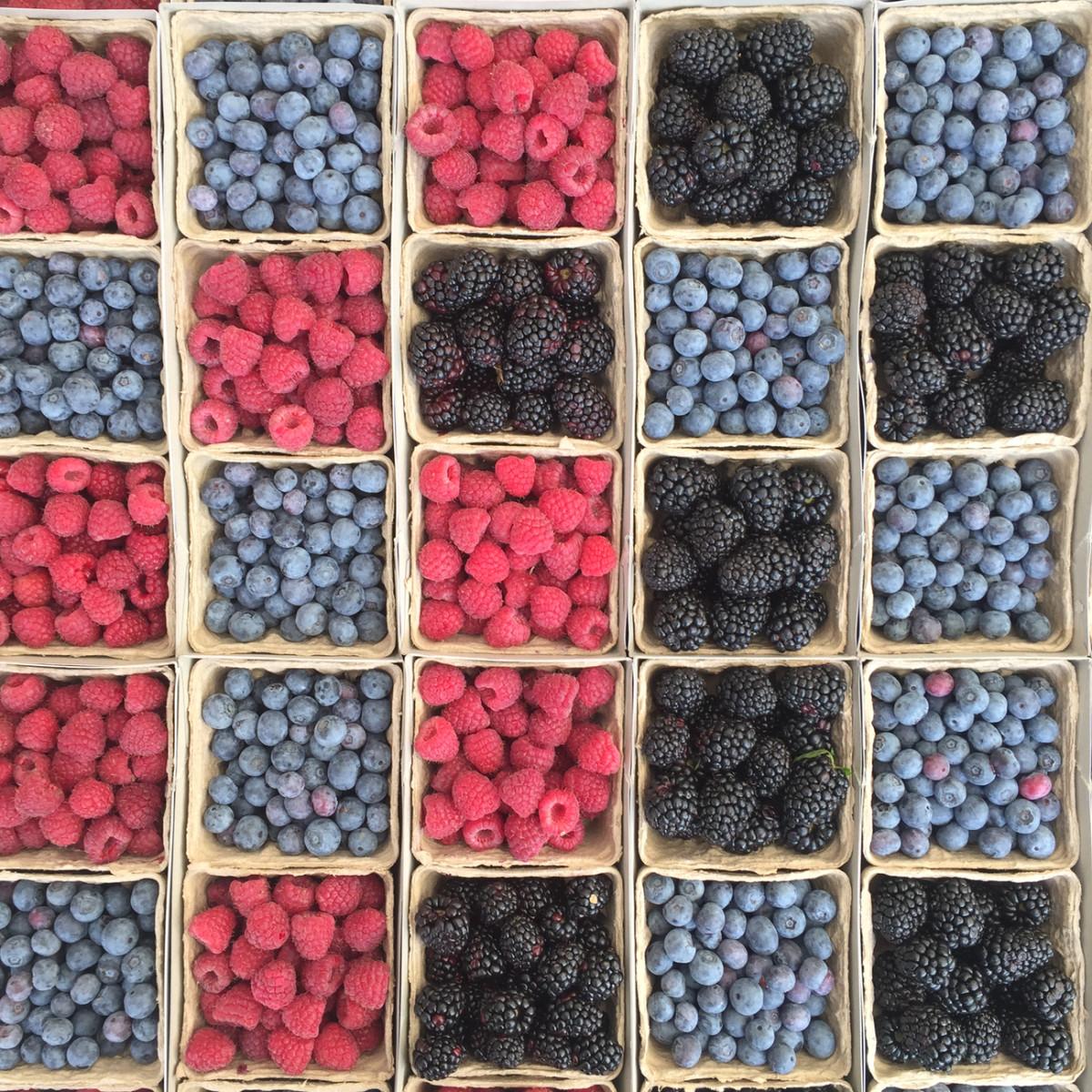 {Farmers' market berries}