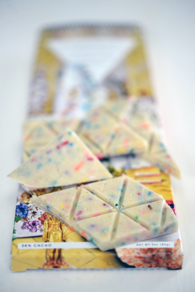 {Wednesday's treat: white chocolate bar from Compartés}