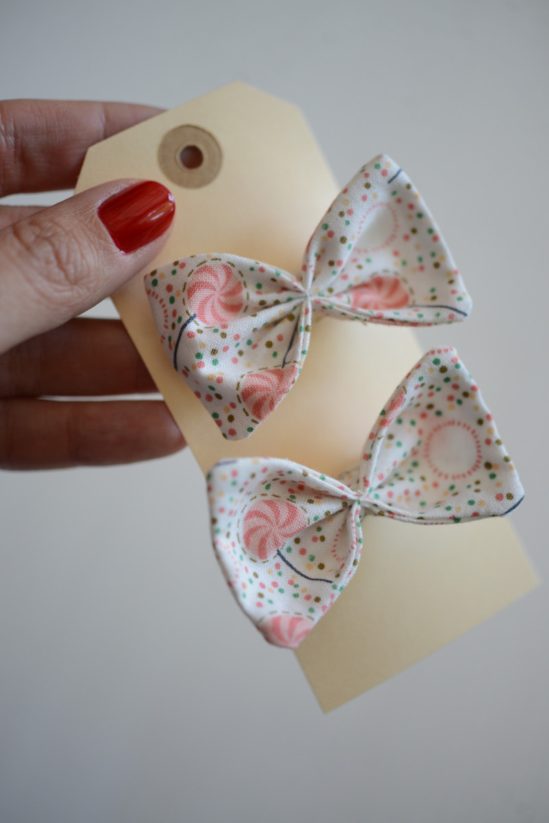 {The sweetest lollipop bows for Sloan made by her aunt Rach}