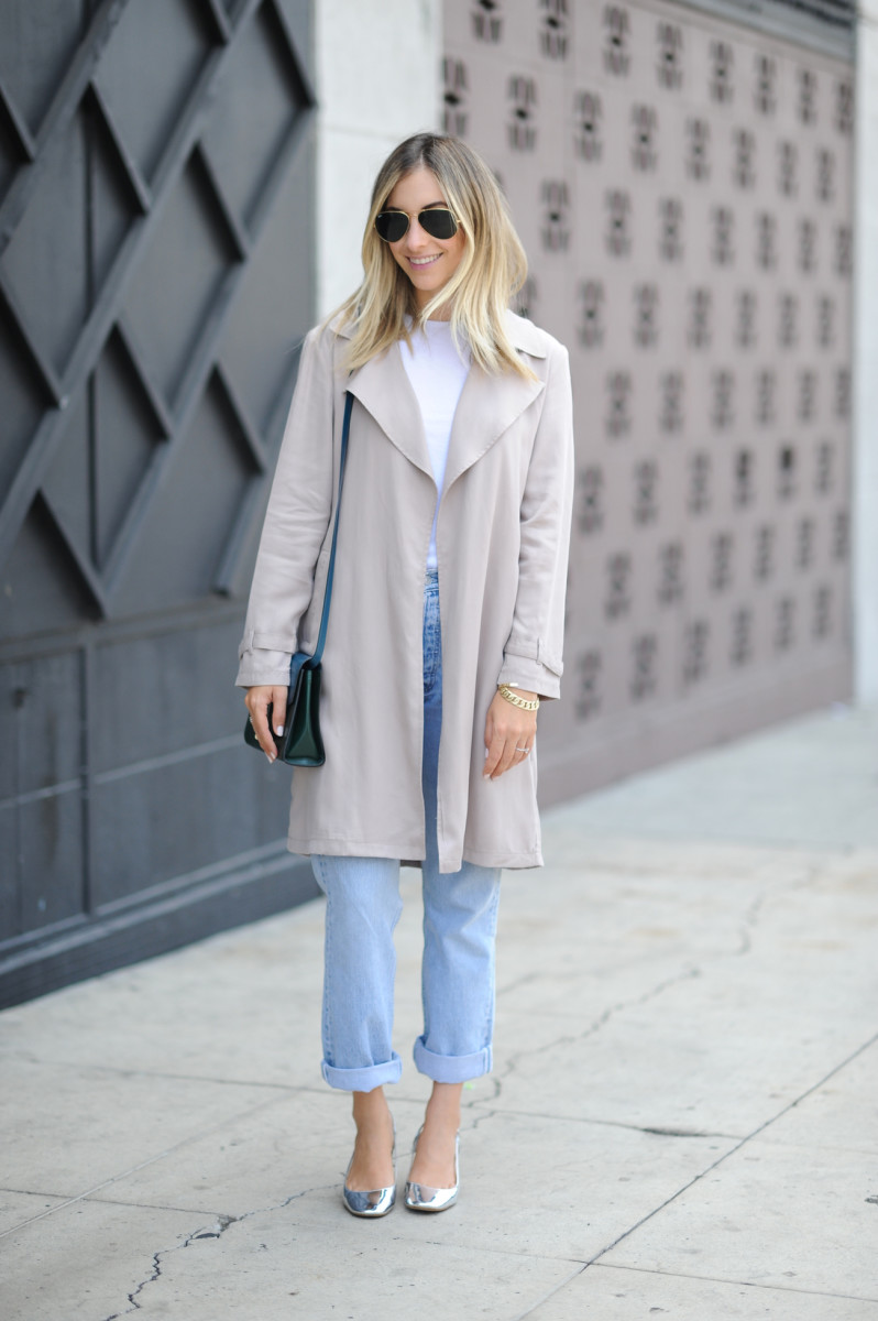 Ray-Ban Glasses, Cupcakes and Cashmere Trench, Topshop Tank Top, Vintage Levis, Zara heels, Tod's Bag