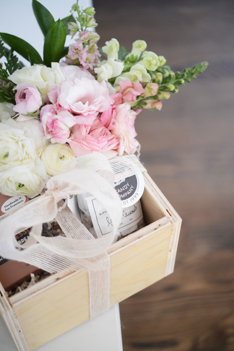 {The prettiest gift box sent by ValleyBrink Road}