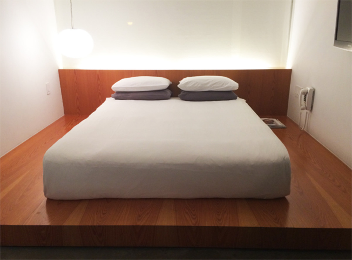 {Loved the sleek platform bed at Hotel Americano}