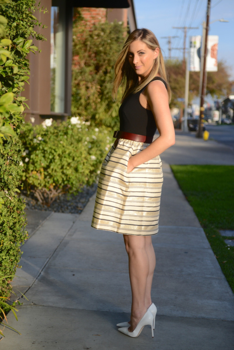 J.Crew Dress (on sale), Maje Belt, Alexandra DeClaris Clutch, Manolo Blahnik Pumps