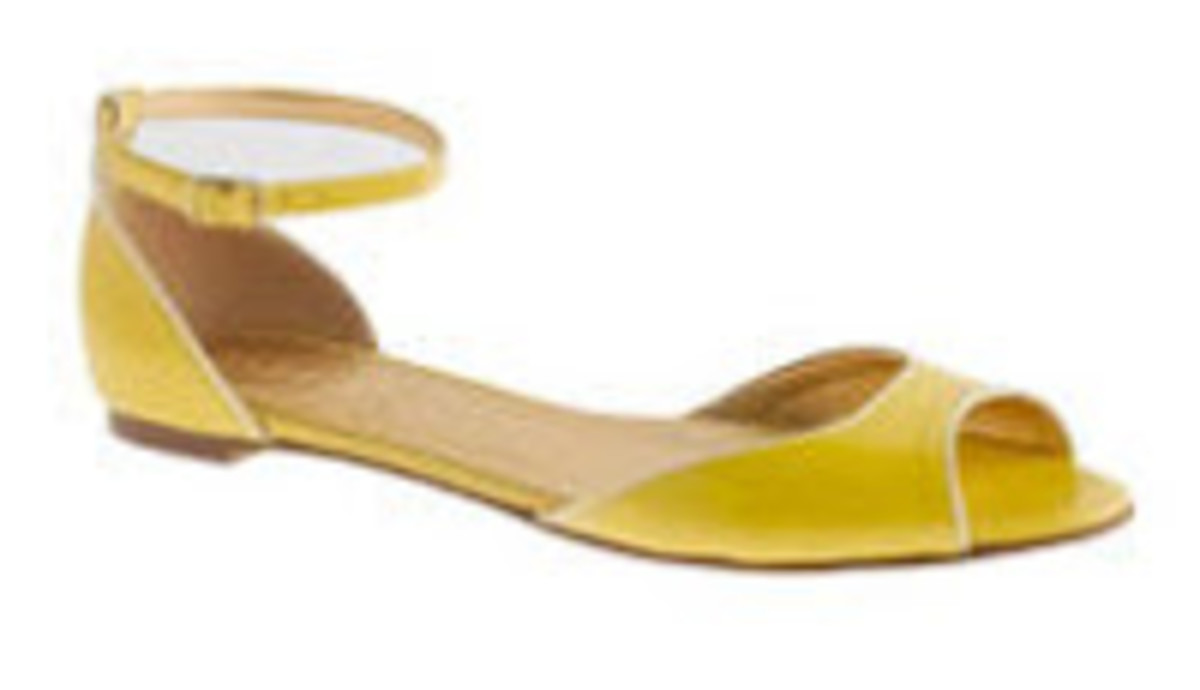 yellow%2Bshoe