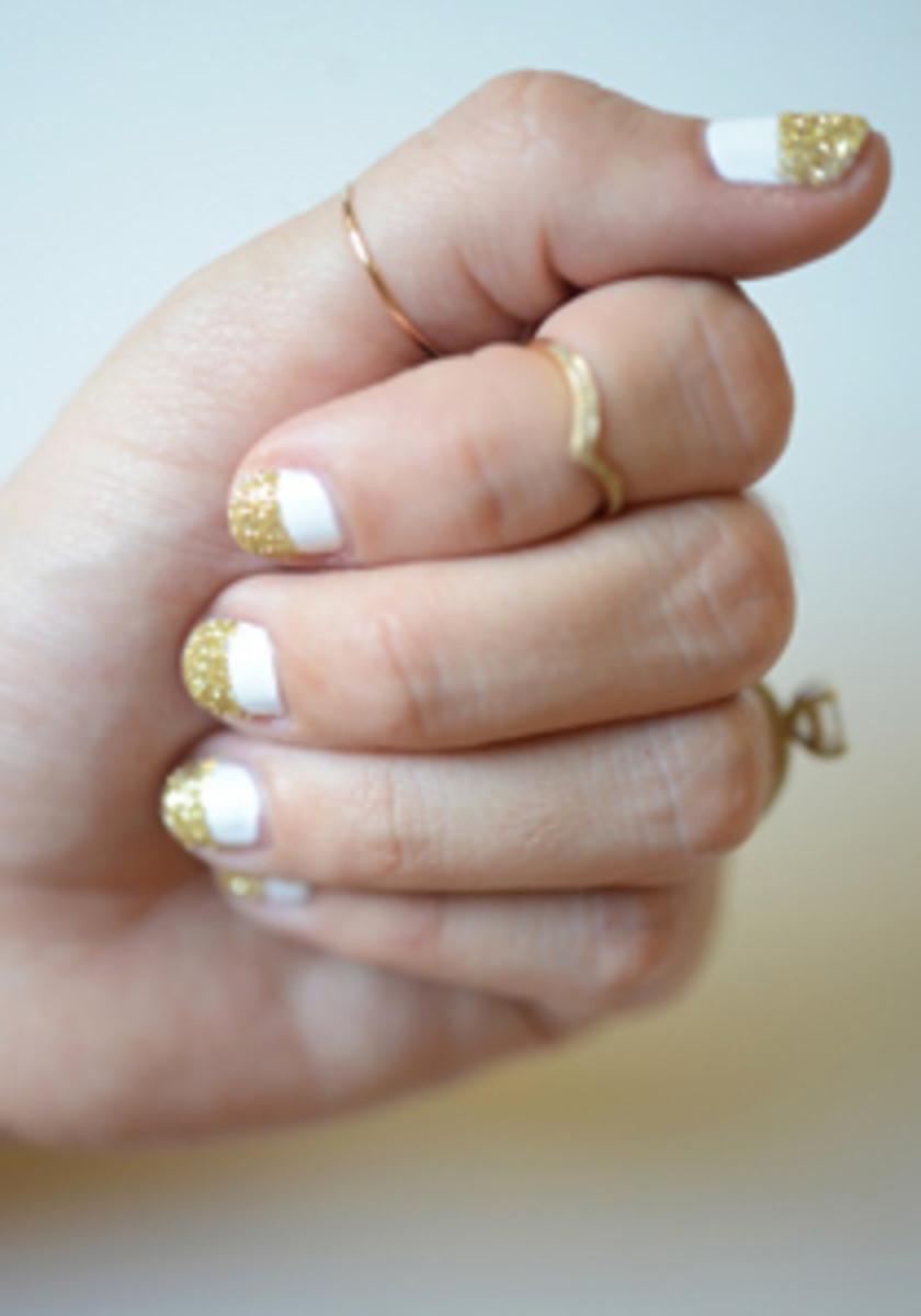 Glittery Gold White Manicure - Cupcakes & Cashmere