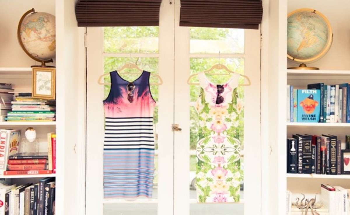 dresses-in-window