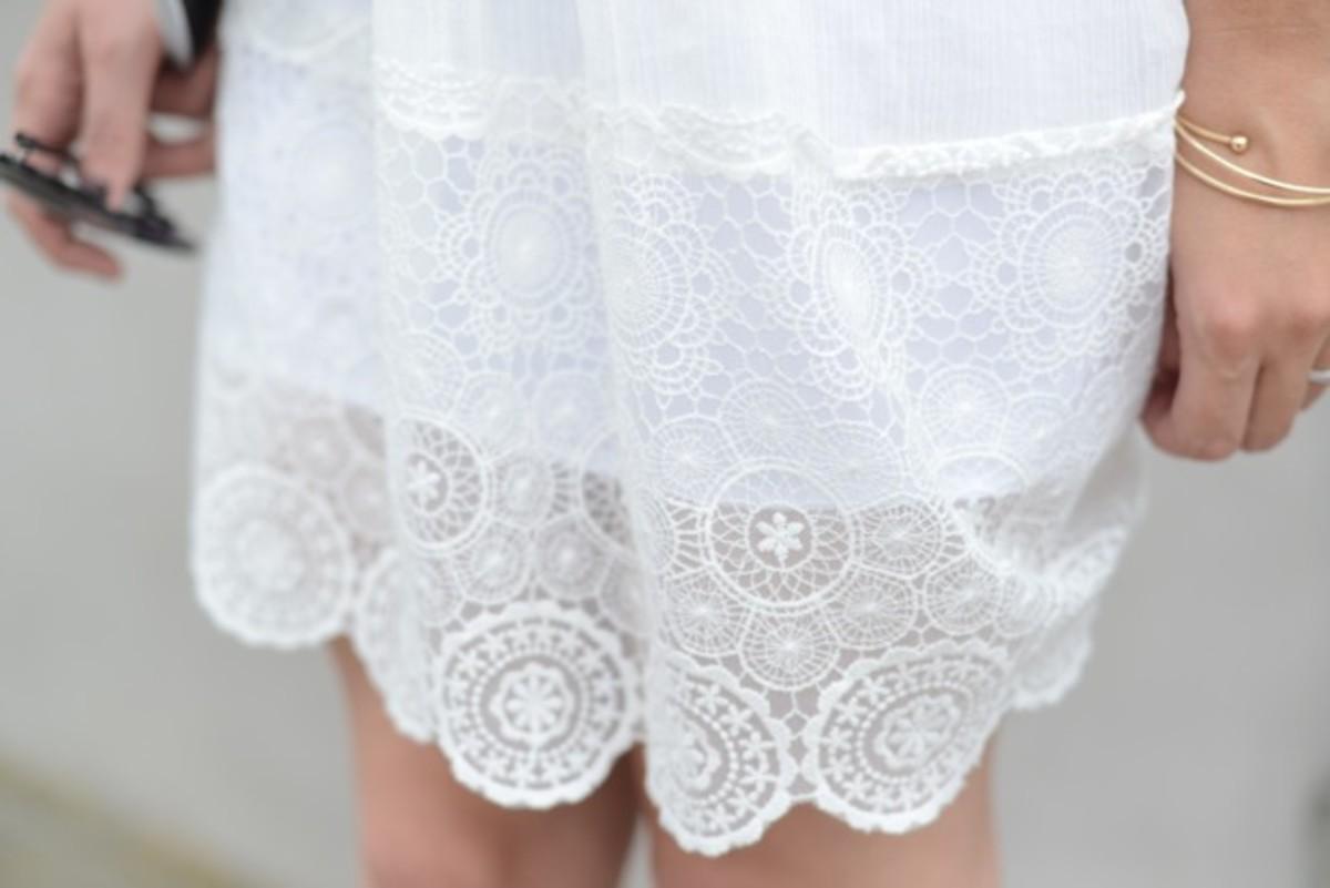 doily-dress