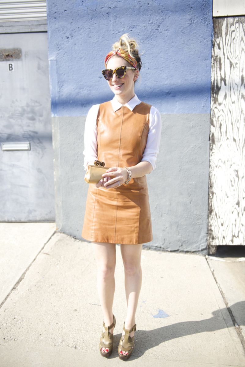 Anthropologie Turban, Karen Walker Sunglasses, J.Crew Blouse, Gap Dress (similar version here), J.Crew Bracelet, Tiffany & Co. Clutch, Robert Clergerie Platforms