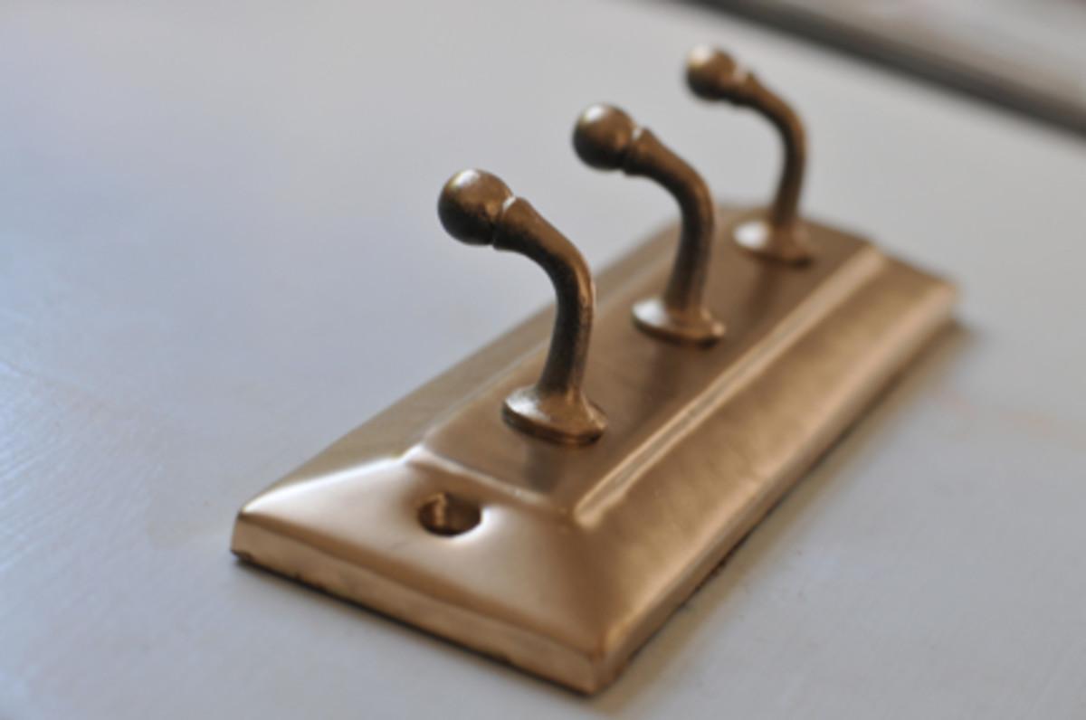 gold-hooks