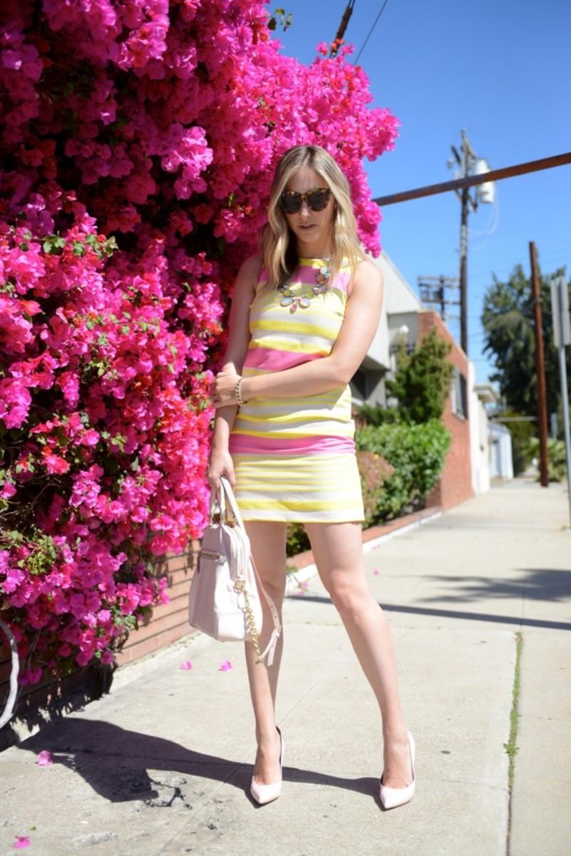 Karen Walker Sunglasses, Doloris Petunia Necklace,Loft Dress, Celine Pumps, Cupcakes and Cashmere for Coach Bag