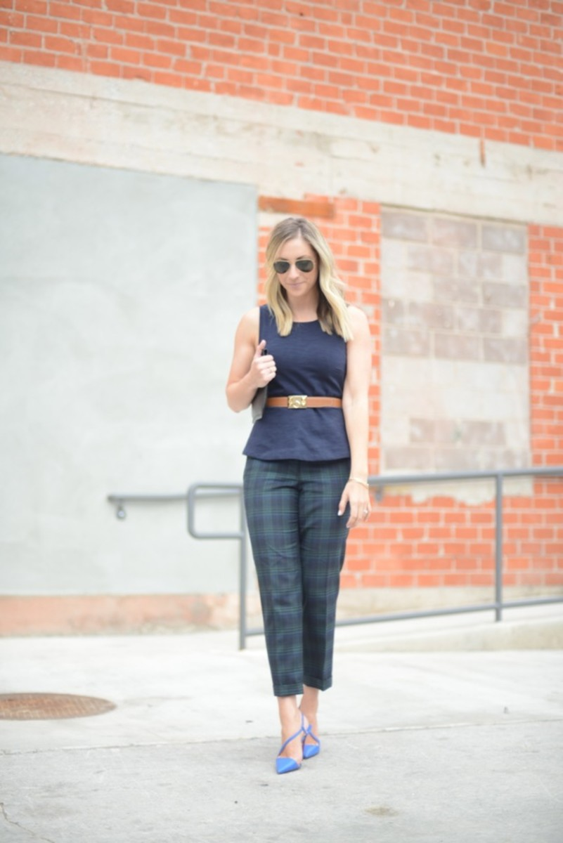 Ray-Ban Aviators, J.Crew Top, Hermes Belt, J.Crew Pants, Louboutin Heels, Juicy Couture Clutch